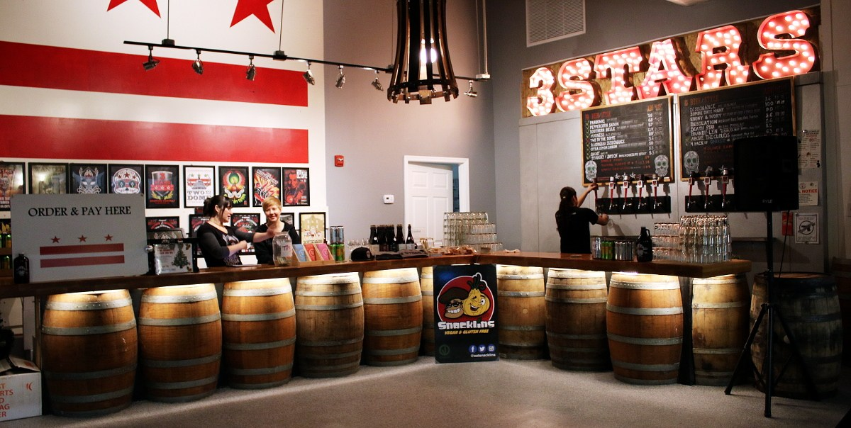 Custom bar for 3Stars Brewery in Washington, DC